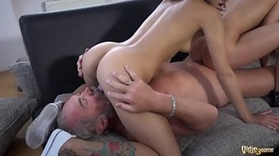 3some beauty cock cock sucking