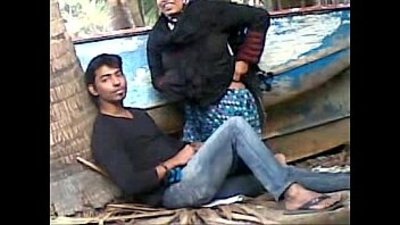 caught  couple  desi  outdoor