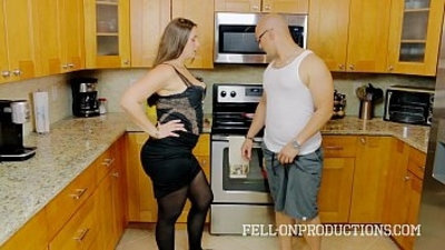 amateur  family  kitchen  mature
